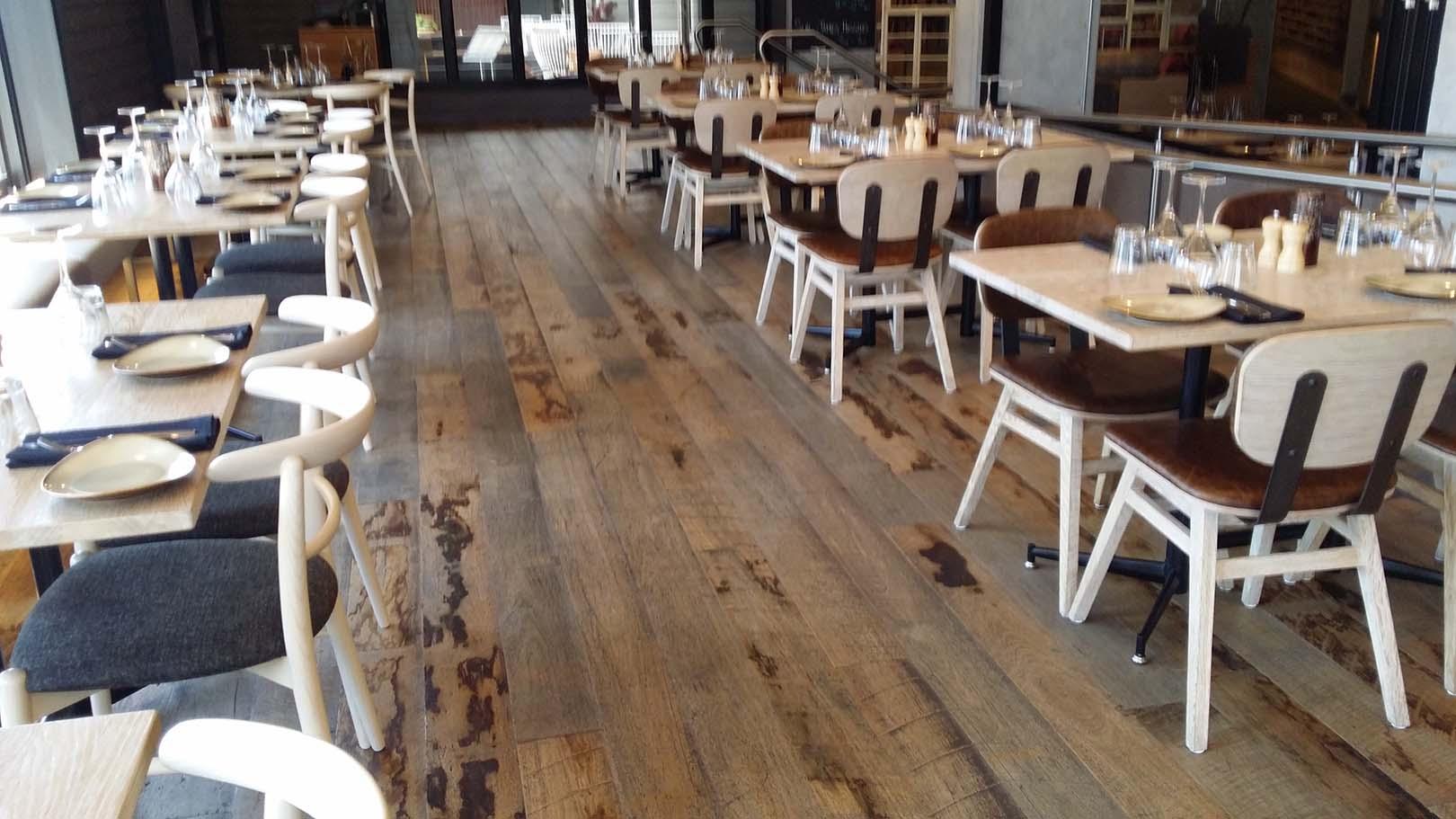 Watermark_Hotel_5_Sawtooth_flooring